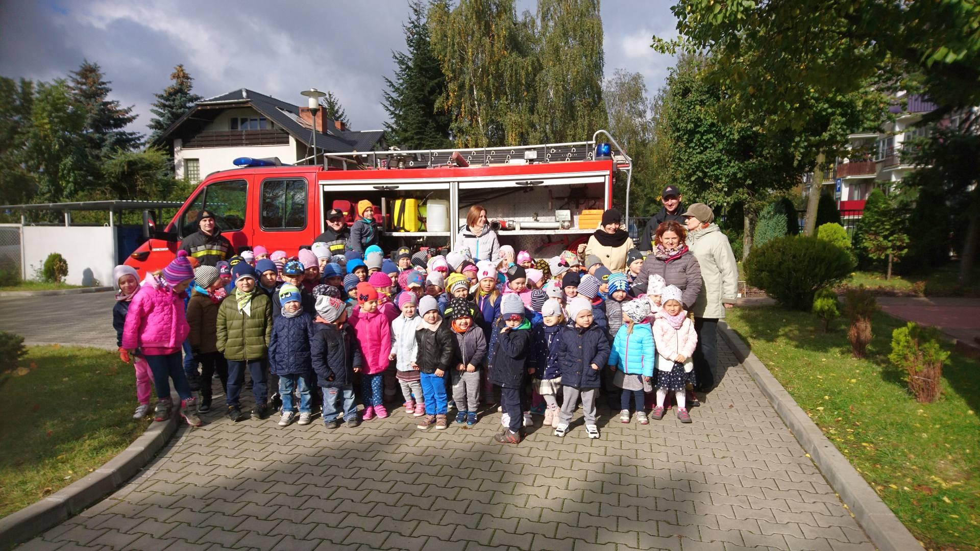 Wizyta strażaków w naszym przedszkolu (9)